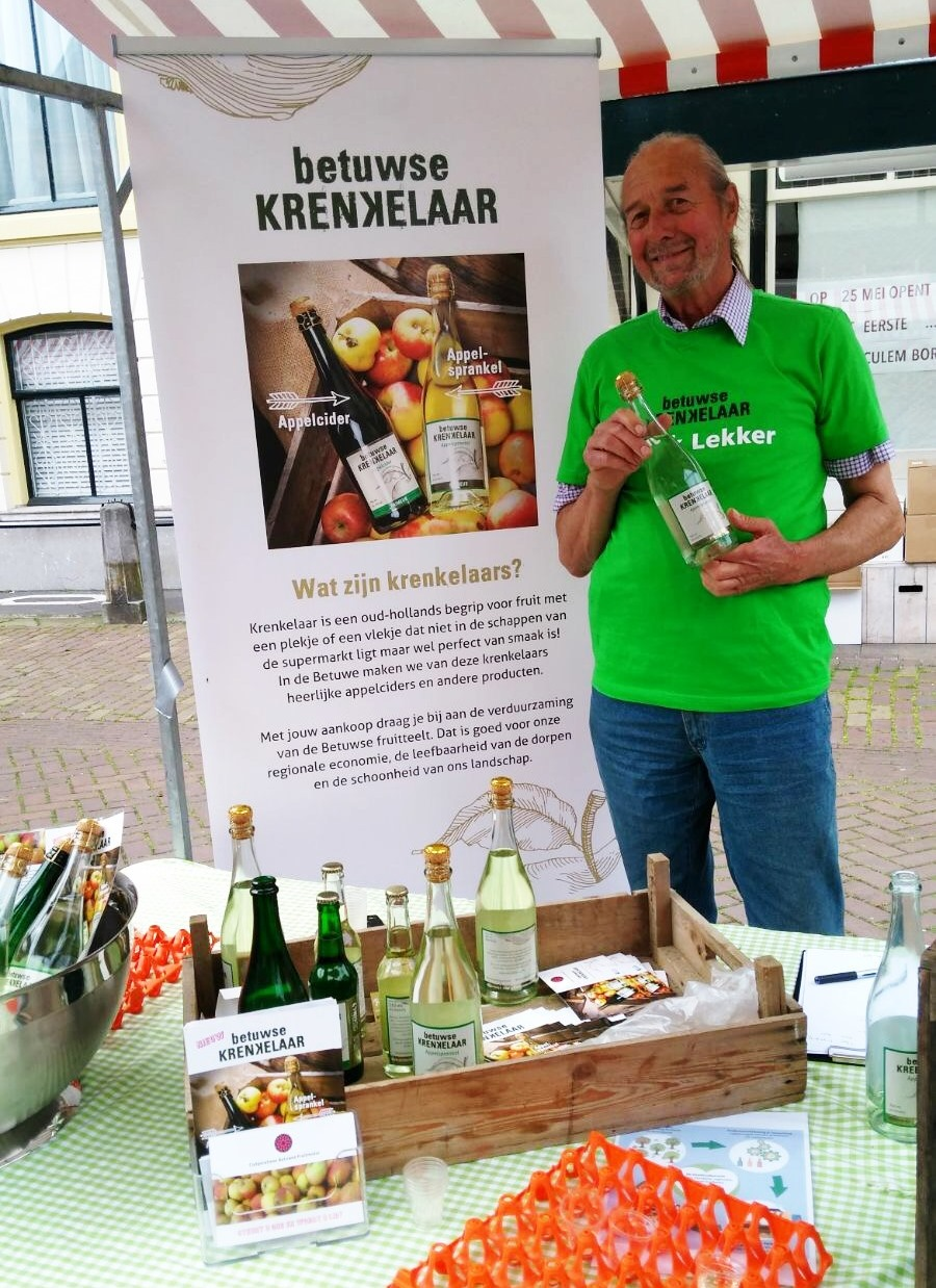 Fruitmotor op Streekmarkt Culemborg